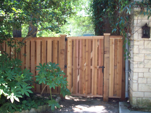 Apple Fence Company Austin TX - Shadow Box Fence