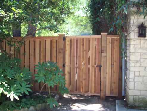Apple Fence Company Austin TX - Shadow Box Fence