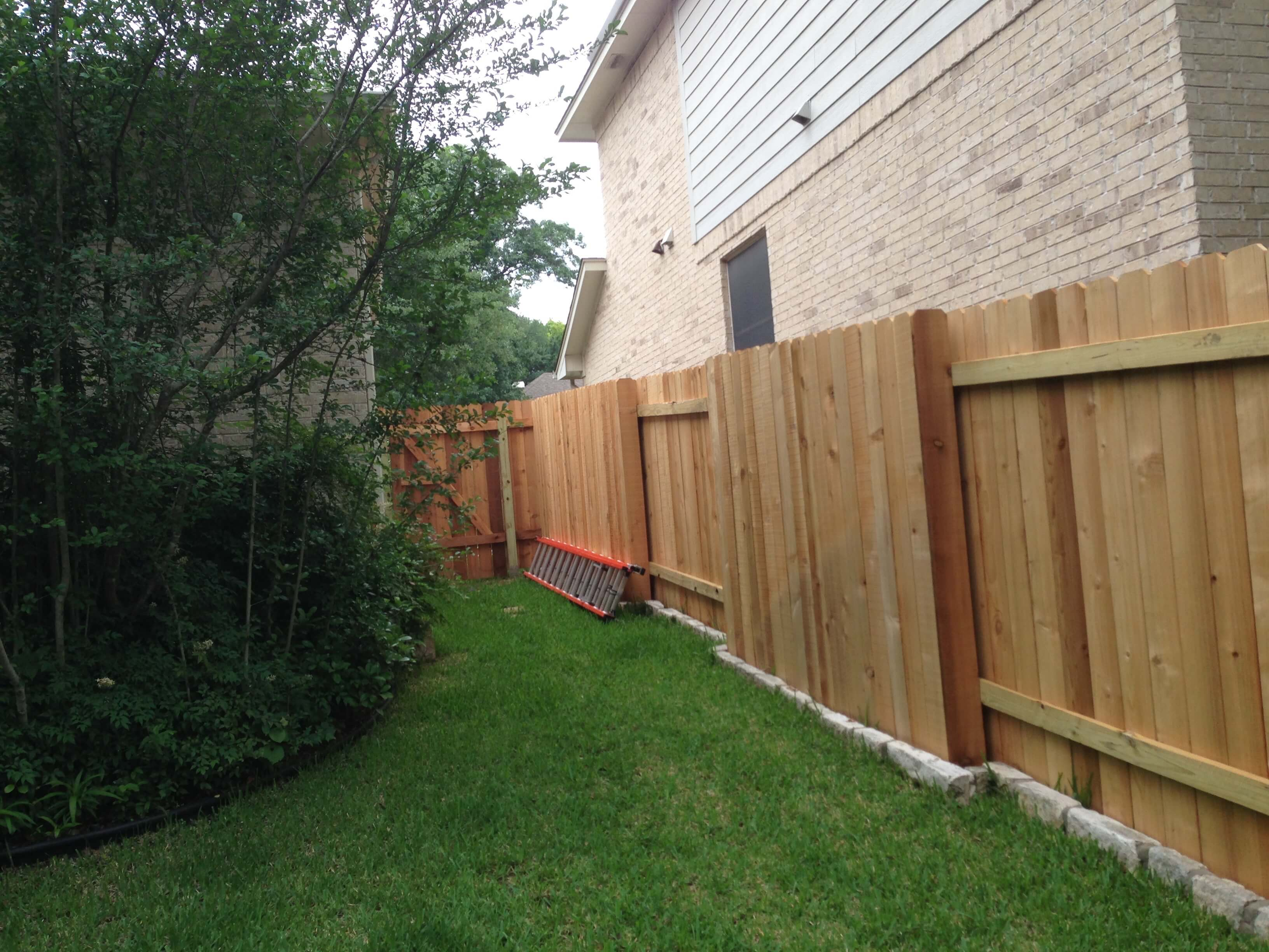 Good Neighbor Wood Fences - Apple Fence Austin